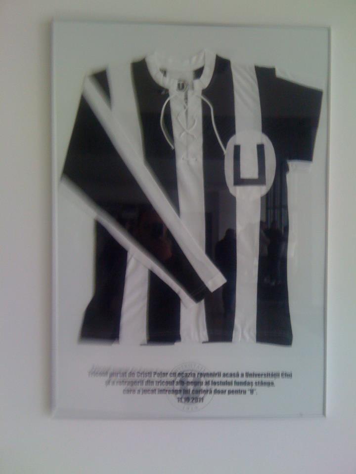 Primul tricou