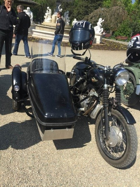 moto 3 (Small)
