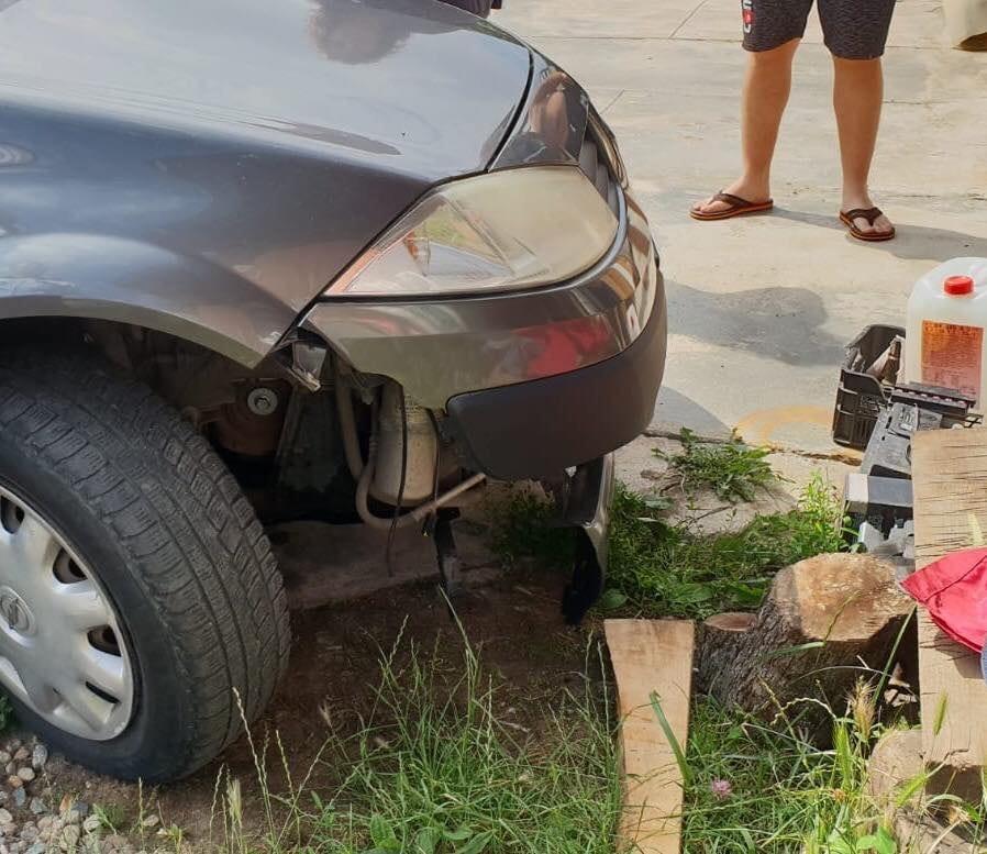 masina avariata