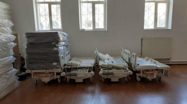 La Spitalul Clinic Județean de Urgență au sosit 21 de paturi de terapie intensivă, în valoare de 430.000 lei
