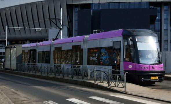 Primul din cele 12 tramvaie achiziționate de Primăria Cluj-Napoca de la Astra Arad a fost livrat în cursul nopții trecute.