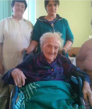 Cea mai în varstă bătranică din Romania este din Gherla! In curand va împlini 108 ani!
