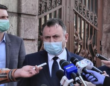 """Ministrul Sănătății avertizează: """"Ne putem întoarce la Starea de Urgență!""""."""