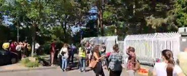 """GERMANIA: Muncitorii români, protest de amploare: """"Scoateți-vă singuri sparanghelul din pământ!"""" VIDEO"""