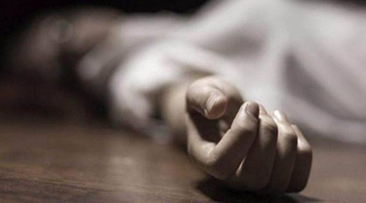 ULTIMA ORĂ: TRAGEDIE ÎN MĂNĂȘTUR. Un bărbat și-a pus capăt zilelor cu ajutorul unui cuțit
