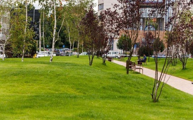 Aleea Bibliotecii din Mărăști, amenajată ca spațiu verde
