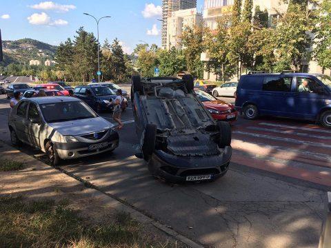 ULTIMĂ ORĂ - Accident lângă Colina, în Mănăștur FOTO