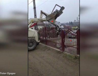 VIDEO: Un primar i-a returnat la domiciliu unui localnic gunoiul aruncat în Someș