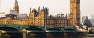 S-a decis suspendarea zborurilor către și dinspre Marea Britanie, începând de mâine, 21 decembrie, ora 19