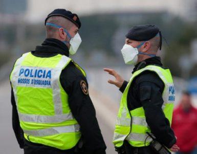 Peste 30 de români au fost reţinuţi la graniţa dintre Spania şi Franţa cu teste PCR false asupra lor