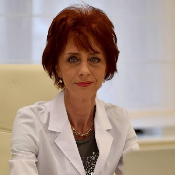 Dr. Flavia Groșan