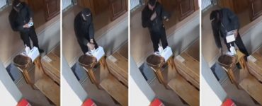 Hoț filmat cum își dezinfectează mâinile și-și face cruce în biserică, înainte de a fura banii din cutia milei VIDEO